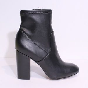Rebecca Minkoff Black Leather Zip Up Booties, 7M
